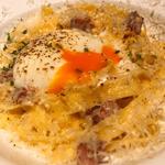 削りたてチーズと半熟卵のカルボナーラ