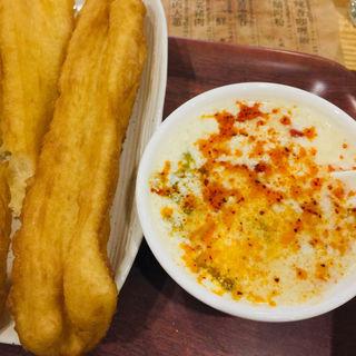 豆ジャン 揚げパン(老酒舗)
