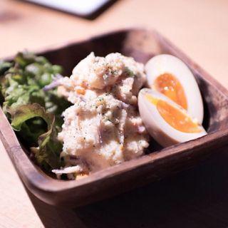 半熟煮卵ポテトサラダ(サンサーラ 飾磨店 (SANSARA))