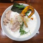 鶏豚だしらぁ麺(暁 製麺 (アカツキ セイメン))