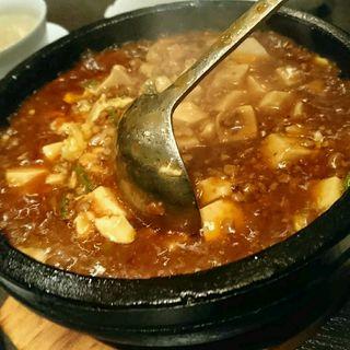 石焼麻婆炒飯(広東料理 民生 ヒルトンプラザウエスト店 (みんせい))