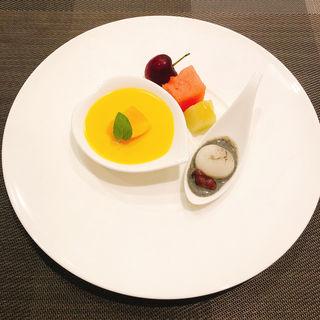 マンゴープリンと季節のフルーツ(銀座 響 boeuf)