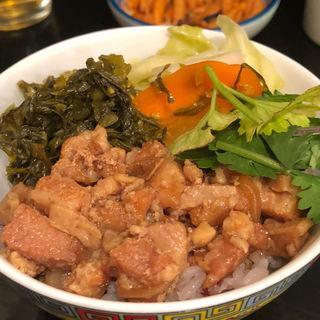 ルーローハン小(台湾佐記麺線&台湾バル888 )