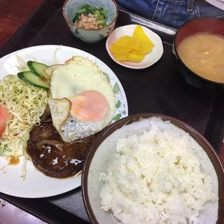 ハンバーグ定食(サンゴ亭 )
