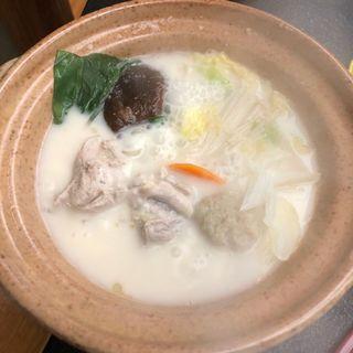 地鶏生姜豆乳鍋(割烹 生簀篭 )