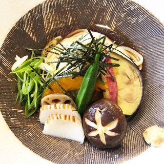 冷七菜うどん(一麦七菜 (イチバクナナサイ ))