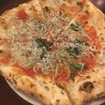 シラスのピザ(エッセドゥエ (ESSE DUE))