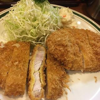 肉増しもち豚ロースカツ定食、カレーちょいかけ(かつれつ四谷たけだ )