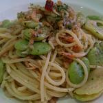 富松一寸豆と桜海老のペペロンチーノ