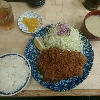 特上ロースかつ定食(檍 (あおき))