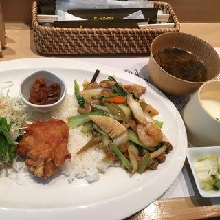 チャイナプレート(寿司・中国料理 福禄寿)