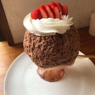 苺ミルクショコラ氷(かき氷研究所)
