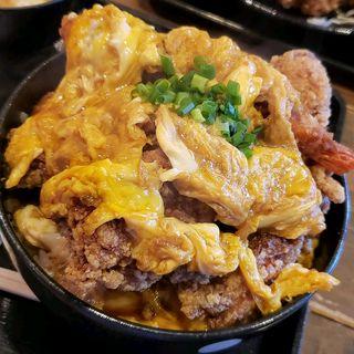 からあげ丼(エビフライ1本)(ポミエ )