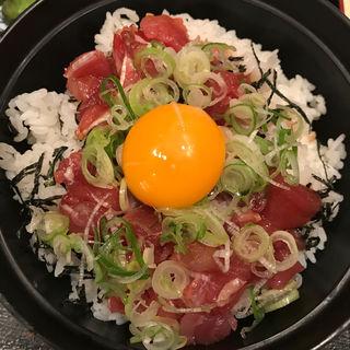 鮪たたき丼(鮪小屋本店 エスカ店 (まぐろごやほんてん))