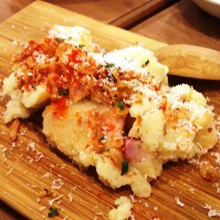 サックサク!!フライドオニオンのポテトサラダ(大衆ビストロ one's kitchen 武蔵小杉店)