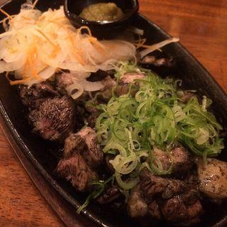 大和肉鶏炙り盛り合わせ(炭火焼料理専門店 和元 )