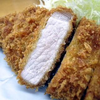 ロースかつ定食(とんかつ いちよし 高田馬場店 )