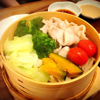 豚しゃぶと温野菜のせいろ蒸し(SHIRU)
