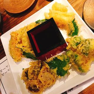 天ぷら盛り合わせ(和食 縁 蕎麦切り (ワショク エニシ ソバキリ))