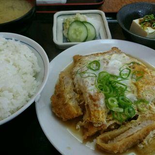 かつ玉定食(一富士食堂 )