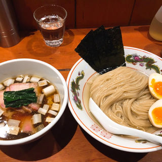 濃厚昆布水の淡麗つけ麺 ※限定 (麺処 ほん田)