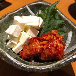 チーズチャンジャ(赤のれん&とん吉 箱崎総本店)