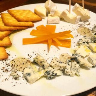 チーズ(ジャングルケイブ (JUNGLE CAVE))