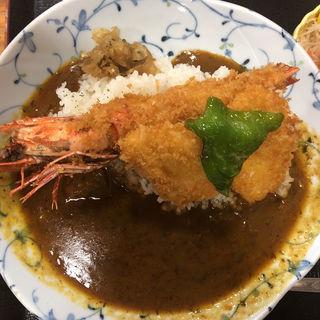 天然鳴門鯛カレー(海老、イカフライのせ)(漁協食堂うずしお )