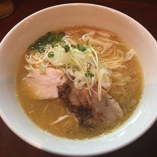 濃厚鶏塩そば(麺屋くまがい)