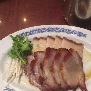 『香港スタイルランチ』(皮付き豚バラ肉の焼物)(中華菜館 同發 本館 )