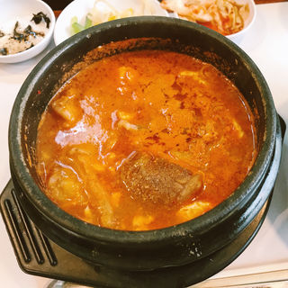 豆腐たっぷりスンドーフSET(純豆腐 まん馬 新地本店 (スンドゥーフマンマ))