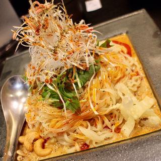 冷やし汁なし担担麺/痺れる(175°DENO〜担担麺〜 本店)