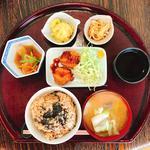 ハレ箱膳定食(蔵前 結わえる (ゆわえる))