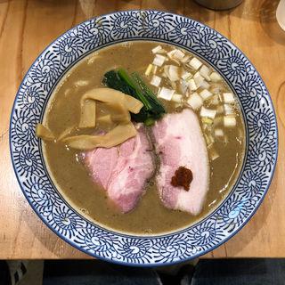 豚骨魚介ラーメン(麺処ぐり虎)