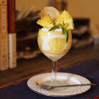 パイナップルのケーキ(cafe sourire)
