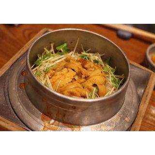 うに釜めし(釜飯と串焼き 麻鳥)