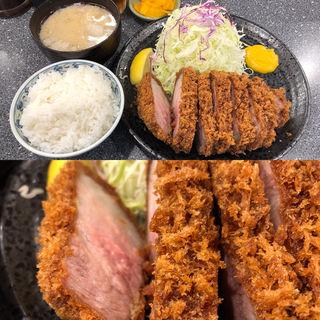 カタロース定食(とんかつ大門 檍 (トンカツダイモン あおき))