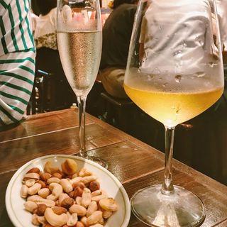 ミックスナッツ(イタリアンバールスペッロ (Italian Bar Spello))