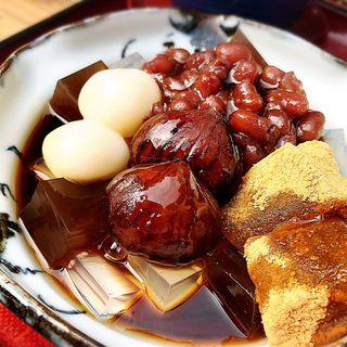 栗の渋皮煮とわらび餅入り 特製あんみつ黒みつ添え(梅園 清水店 (うめぞの))