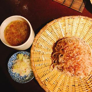 紀州梅だれ蕎麦(玉椿 (たまつばき))