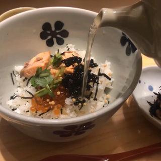 鮭といくらのだし茶漬け(だし茶漬けえん 京都ポルタ店 )