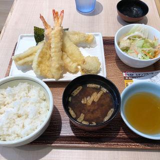 海の幸ごちそう天ぷら定食(まん天丼 板橋本町店)