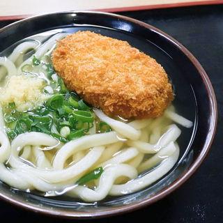 コロッケうどん(かけうどん+コロッケ)(地上最強のウドン・ゴッドハンド)
