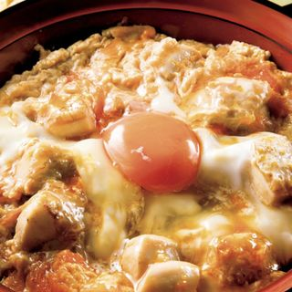 究極の親子丼(昼は味噌汁、香の物付き)(文鳥 (ブンチョウ))