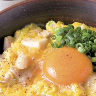 信玄鶏の塩親子丼(胡椒味、鶏スープ付き)(親子丼専門店 ○勝)