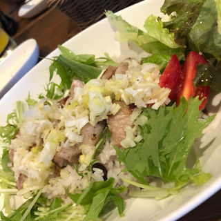 週替りごはんset 週替りご飯+サラダ+日替りデザート(ベースキャンプ (BASE CAMP))