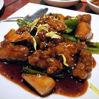 三元豚の特製黒酢酢豚(陳家私菜 渋谷店 )