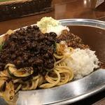 黒キーマカレー焼スパ&カレー