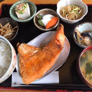 鮭定食(柿之木 )