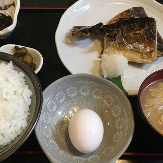 サバの塩焼き定食(はじめ )